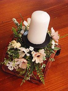 Svietidlá a sviečky - Jemný ivory poloblúkovitý svietnik so sviečkou - 9164246_