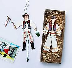 Hračky - Pohyblivá hračka v slovenských krojoch - I - 9168607_