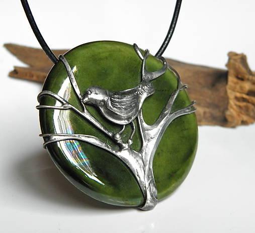 Cínový šperk s keramikou