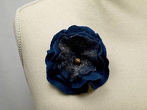 Odznaky/Brošne - Brošňa z Merino vlny a alpaky- tmavo modrá - 9177088_