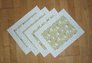 Úžitkový textil - Prestieranie ZAJAČIKOVIA NA LÚKE - dva varianty (lem s kvietkami) - 9176204_