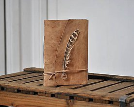 Papiernictvo - kožený zápisník FEATHER & INK - 9175632_