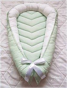 Textil - Hniezdo pre bábätko jemná zelená v kombinácii s bielou - 9175660_