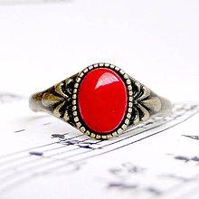 Prstene - Simple Mini Bronze Gemstone Ring / Jemný bronzový prsteň s minerálom (Červený koral) - 9178445_