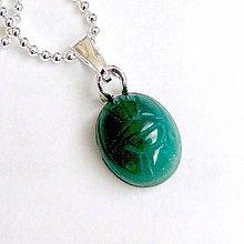 Náhrdelníky - Zodiac Sign Gemstone Pendant / Prívesok z minerálu podľa znamenia /0383 (Rak - zelený jadeit vyrezávaný) - 9178670_