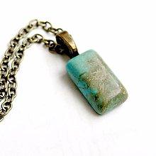 Náhrdelníky - Zodiac Sign Gemstone Pendant / Prívesok z minerálu podľa znamenia (Vodnár - tyrkys) - 9178793_