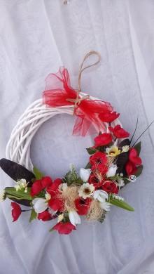 Dekorácie - Kvetinovy veniec krása makov - 9180978_