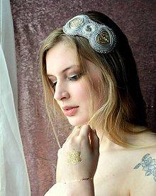 Ozdoby do vlasov - Voyage en Arabie -white silver- vyšívaná čelenka - 9178648_