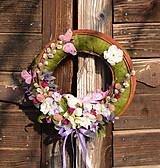 Dekorácie - Veľkonočný venček na dvere s vtáčikom - 9177522_