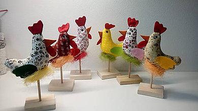 Dekorácie - jarná dekorácia sliepka - 9188805_