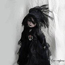 Dekorácie - Gotická bábika - dekorácia - 9190488_