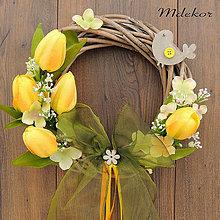 Dekorácie - Venček s tulipánmi - 9189353_