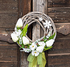 Dekorácie - Jarný venček na dvere - 9189253_