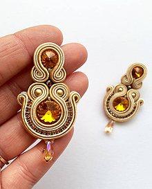 Náušnice - Ručne šité šujtášové náušniče / Soutache earrings  - Swarovski (Tamara - topaz/béžová) - 9188600_