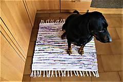 Úžitkový textil - Tkaný koberček bielo-pestrofarebný - 9188180_