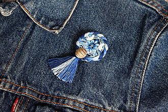 Odznaky/Brošne - Zľava z 5€ na 3€ Hippie trippie brošňa (nebeské farby) - 9190937_