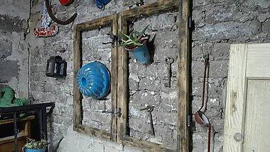 Nábytok - hnedé okno - 9195371_