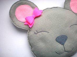 Textil - Hrejivý vankúš (Myšička) - 9192313_