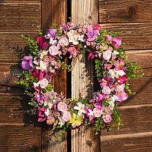 Dekorácie - Ružovo-fialový venček - 9190650_
