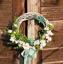 Dekorácie - Venček s čerešňovými kvetmi - 9195537_