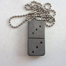 Náhrdelníky - Betónový náhrdelník Gray DICE III - 9192386_