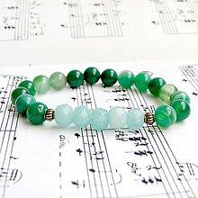 Náramky - Elastic Aquamarine & Green Agate Bracelet / Elastický náramok s brúseným akvamarínom a zeleným achátom - 9198438_