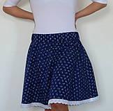 Sukienka Kvietky sťa modrotlač s krajkou