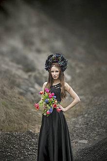 Ozdoby do vlasov - XXL Kvetinová parta z kolekcie Black&Red folk - 9201378_