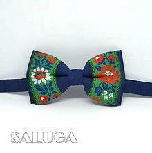 Doplnky - Folklórny pánsky modrý motýlik so zeleným - folkový - ľudový - 9199745_