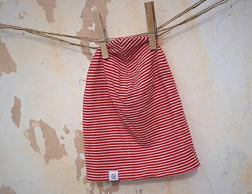 Dvojvrstvová detská merino čiapka červený šmolko (obvod 42cm)