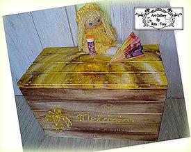Detské doplnky - Masívna truhlica do žlto-hnedej izbičky :) - 9196447_