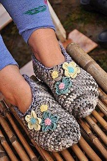 Obuv - sivé papuče - 9200104_