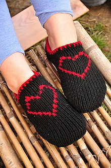 Obuv - čierne papuče podšité koženkou č.37-38 - 9200332_