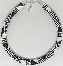 Náhrdelníky - Čierno-biely náhrdelník - 9201515_
