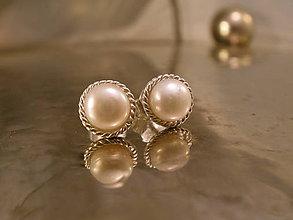 Náušnice - perlové napichovačky s filigánom - Ag 925 - 9204475_