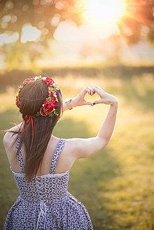 Ozdoby do vlasov - Ľudový kvetinový venček červený - 9205495_