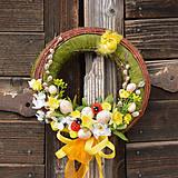 Dekorácie - Veľkonočný venček na dvere - 9201619_