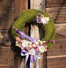Dekorácie - Veľkonočný venček na dvere s vtáčikom - 9201576_
