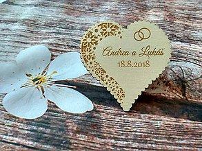 Darčeky pre svadobčanov - Srdiečko pre hostí 2 + výrezaný okraj - magnetka - 9202768_