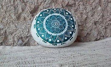 Dekorácie - Jemná kresba na metalickom kruhu - Na kameni maľované - 9205558_