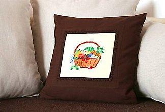 Úžitkový textil - Obliečka s  výšivkou - 9208975_