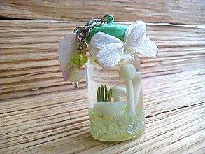 Náhrdelníky - Náhrdelník s hríbikmi vo flaštičke - 9209367_
