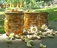 Med a kešu ořechy