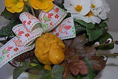 Svietidlá a sviečky - Sviečka z včelieho vosku ovečka - 9210226_