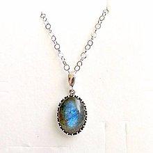 Náhrdelníky - Natural Labradorite Necklace Silver 925 / Strieborný náhrdelník s oválnym príveskom labradoritu /0377 - 9211766_