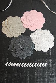 Materiál ručne robený - Papierová dekorácia - kvietky 4 farby - 9213380_