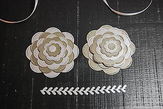 Materiál ručne robený - Papierová dekorácia - kvietky 4ks - 9213526_