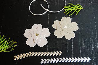 Materiál ručne robený - Papierová dekorácia - kvietky 4ks - 9213543_