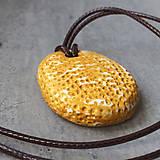 Náhrdelníky - Betónový náhrdelník justStone Yellow - 9213666_