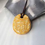 Náhrdelníky - Betónový náhrdelník justStone Yellow - 9213667_